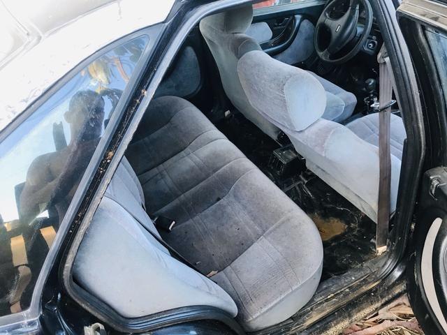 Carro pra retirada de peças ou ferro velho - Foto 2