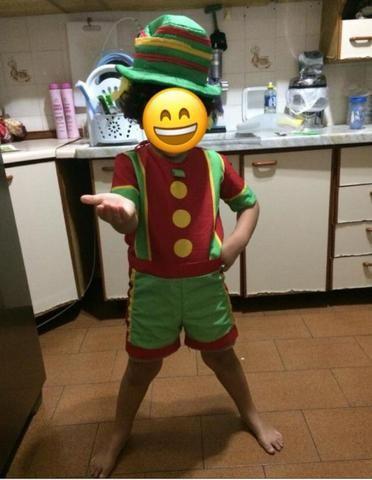 9b554663ce Fantasia infantil do Patatá Tamanho 4 anos 100%Poliéster Usada em bom estado