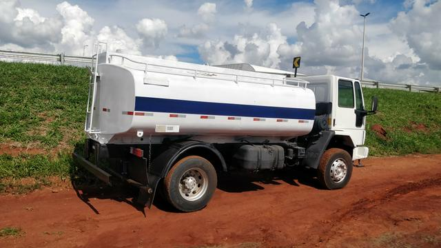 Ford cargo 1722E PIPA 10 mil litros - Foto 3