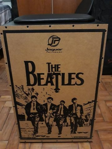 Cajon Elétrico The Beatles (Jaguar Percussion) + Bag