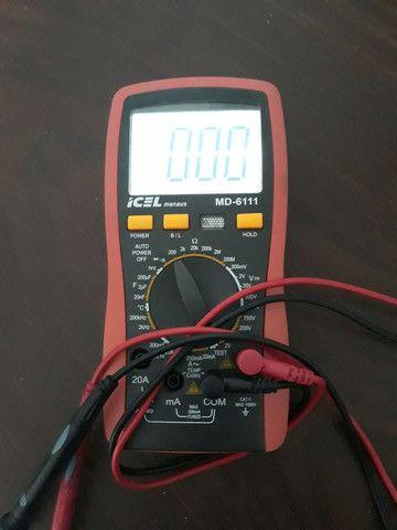 Multímetro Icel com bateria nova