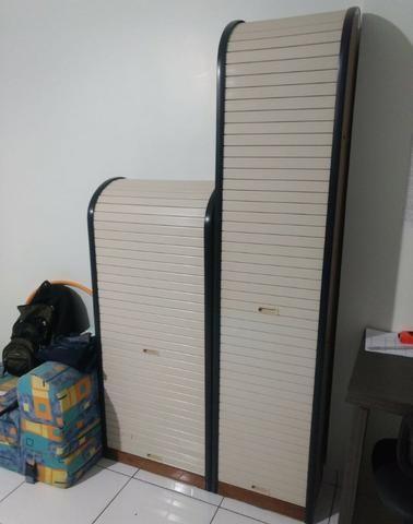 Dupla de armários de escritório ou quarto. Porta de deslizar pra cima - Foto 2