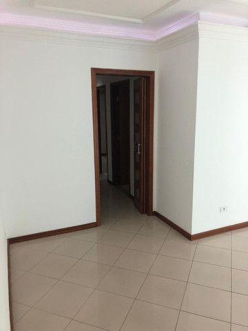 Apartamento excelente oportunidade - Ótima Localização - 3 Dorms. - Próx. Pad. Real Centro - Foto 2