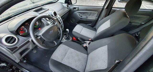 Fiesta Class Hatch 1.6 8v Completo 2012 - Foto 8