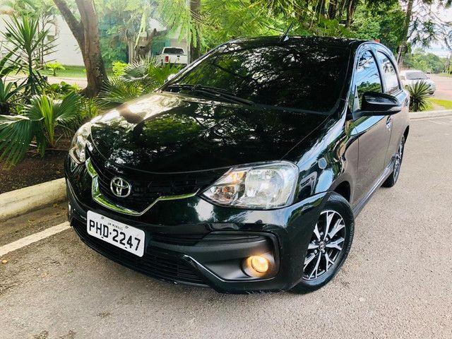 Toyota Etios Platinum automático $ 51.490,00 impecável - Foto 6