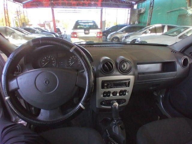 Renault Logan 1.0 16v Expression  2009 - Foto 6