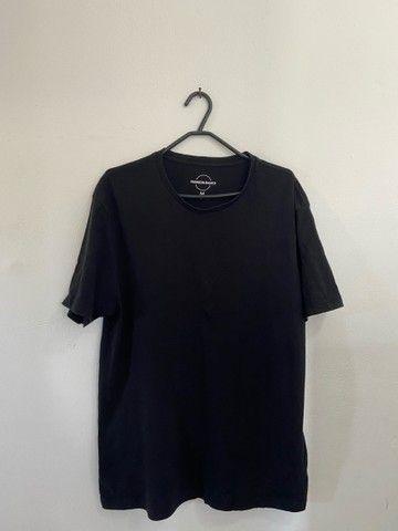 4 Camisas Básicas: RENNER TAM: M - Foto 4