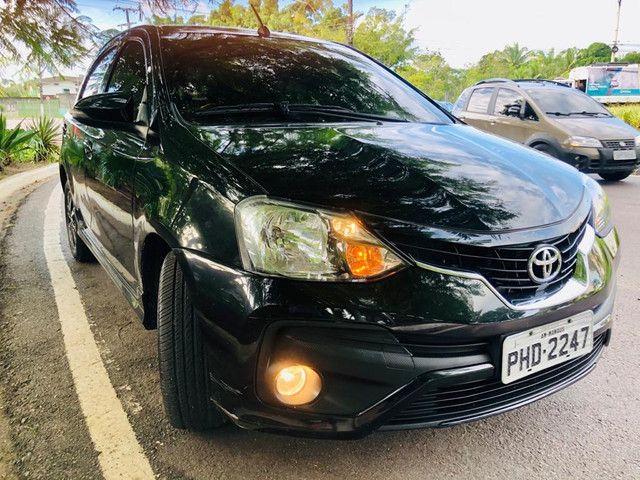 Toyota Etios Platinum automático $ 51.490,00 impecável - Foto 4