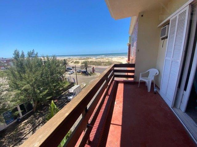 Apartamento 3 dormitórios na Av. Beira Mar - Foto 4