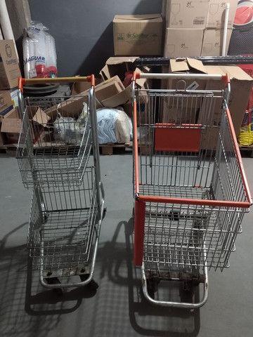 Carrinhos de supermercado - Foto 2