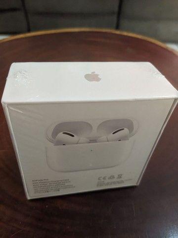 Fone Apple AirPods Pro Wireless ORIGINAL Lacrado NOVO - Foto 2