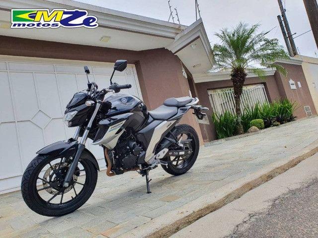 Yamaha FZ 25 Fazer 2020 Preta com 15.000 km - Foto 3