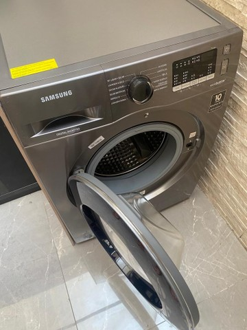 Vendo Urgente! Máquina Samsung lava e seca 11kg inox  - Foto 4