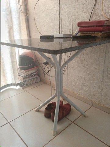 Vendo essa mesa de mármore  por  200 ou troco por um painel de TV  - Foto 2