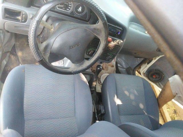 Vendo ou troco por um carro mais novo  - Foto 3