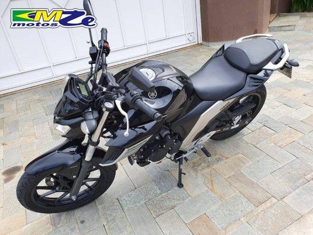 Yamaha FZ 25 Fazer 2020 Preta com 15.000 km - Foto 5