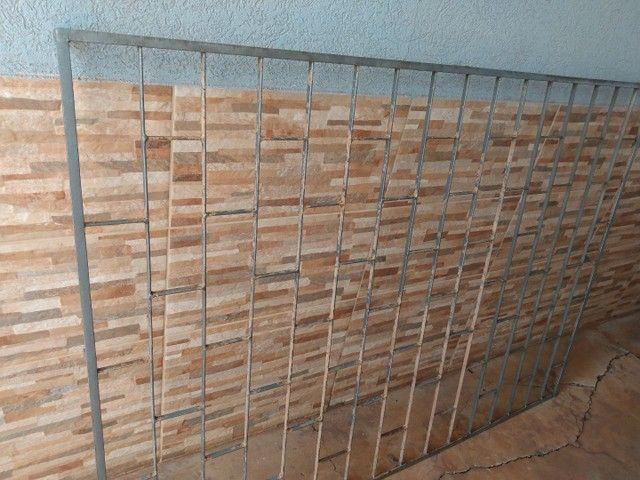 VENDO GRADE DE PROTEÇÃO PARA JANELA - Foto 5