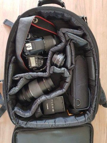 Câmera Canon 80D novíssima + lentes, bolsa e flash - Foto 2