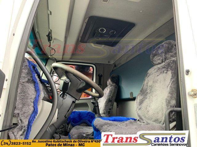 24-250 2011/12 bitruck com ar condicionado - Foto 10
