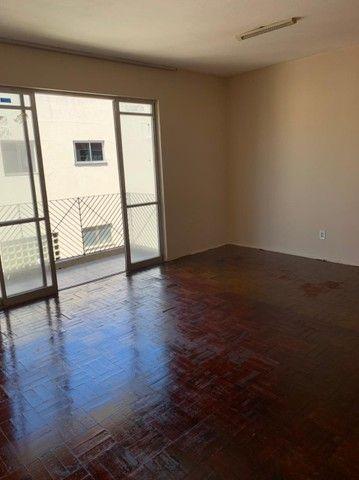 Apartamento para aluguel possui 120 metros quadrados com 3 quartos em Fátima - Fortaleza - - Foto 9