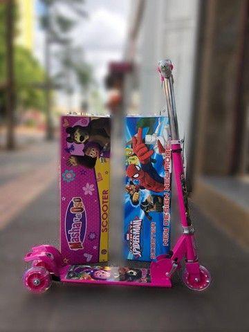 Patinete Infantil Barbie Metal 3 Rodas C/ Led Buzina. Lindo!
