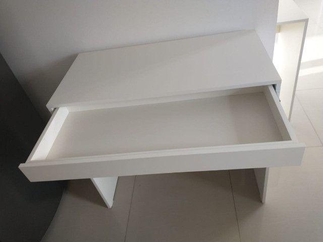 Mesa com gavetas/multiuso / escritório/ escrivaninha Nova MDF - Foto 4