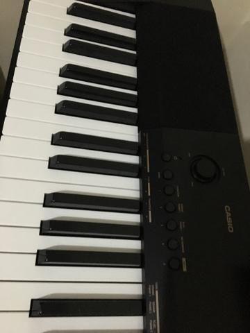 VENDO piano elétrico Casio CDP-130
