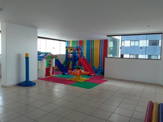 Vendo apartamento com três quartos com dependência no Stiep - Foto 18