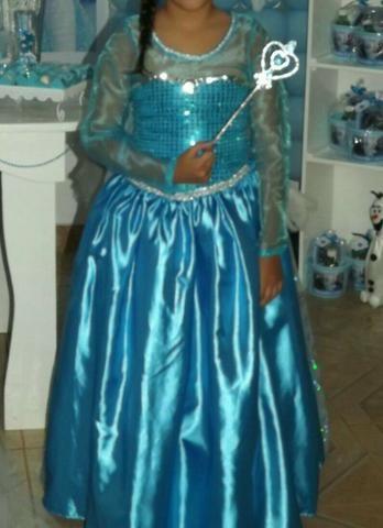 Vestido luxuoso da Princesa Elsa - Foto 3