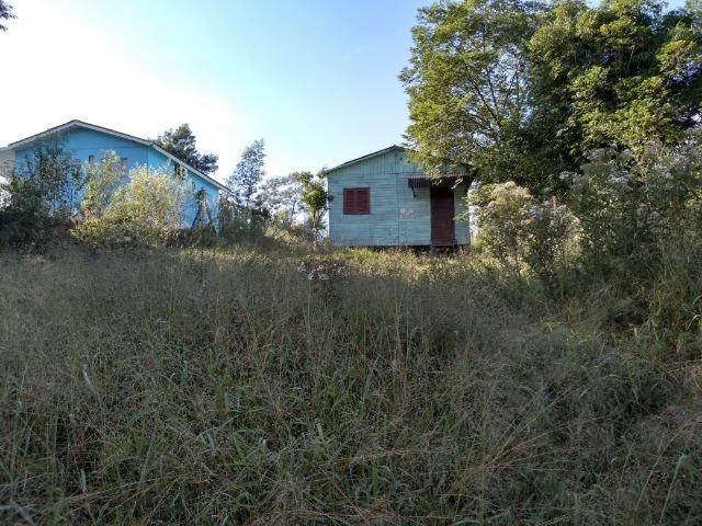 Casa de madeira em Montenegro - 06
