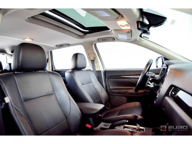 Mitsubishi Outlander 3.0 GT - Foto 7