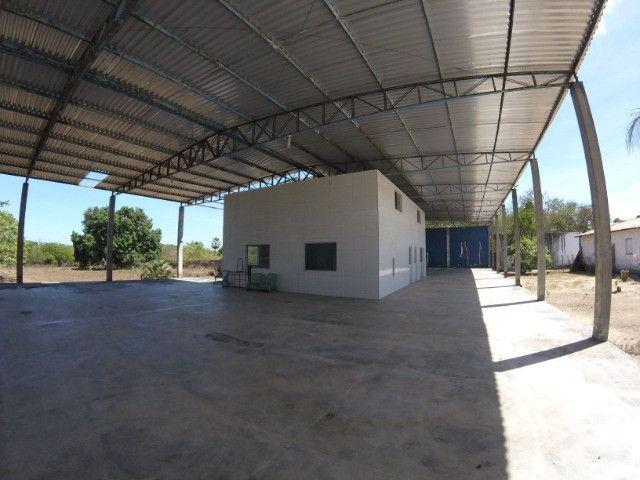 Terreno no Camara com Galpão e Infraestrutura para Instalação de Engarrafamento de Água - Foto 4