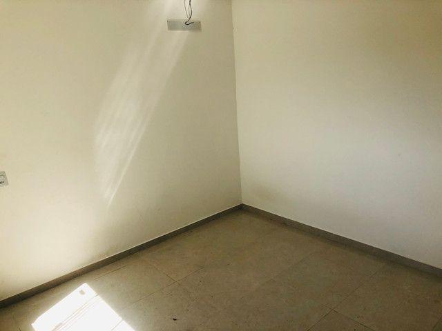 Linda casa com 2 suítes em Santa Mônica - Foto 14
