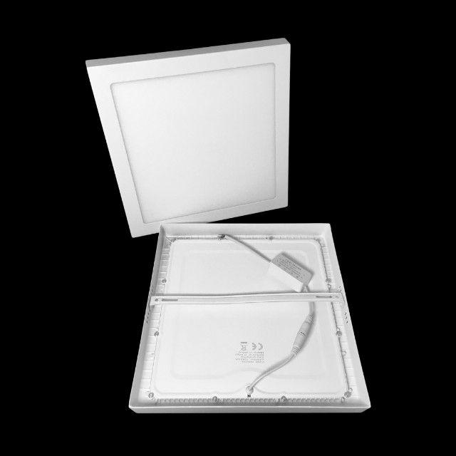 Painel Plafon LED 24W Sobrepor Branco Frio 30x30