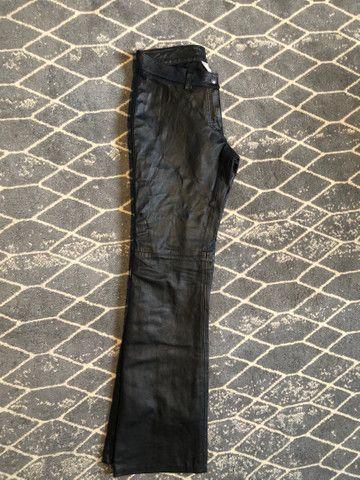 Calça preta couro legítimo, 38 - Foto 6