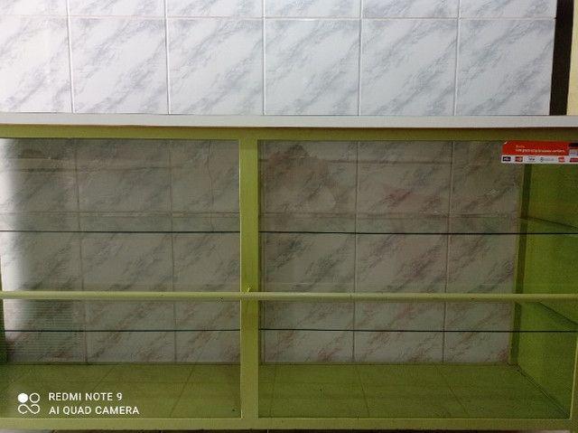 Balcão com partilera de vidro - Foto 3