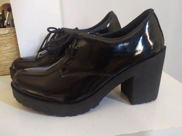 Sapato Feminino n 37 com Salto Alto - Foto 2