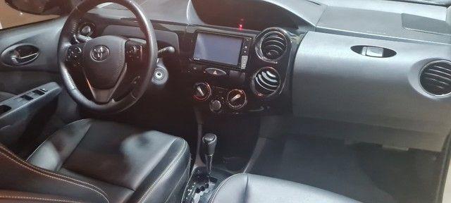 Etios Sedan 1.5 XLS -  2018/19 - Foto 14