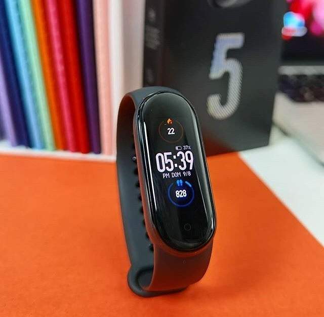 Mi Band 5 Global (em português) + brinde exclusivo - Foto 5