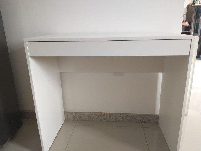 Mesa com gavetas/multiuso / escritório/ escrivaninha Nova MDF - Foto 3