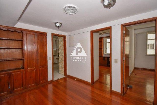 PRIVILÉGIO IMÓVEIS vende : Excelente apartamento na quadra da praia de Copacabana - Foto 8