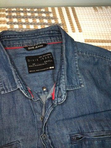 Camisa jeans com botões  - Foto 2