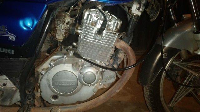 Vendo uma moto Suzuki para interior  - Foto 4