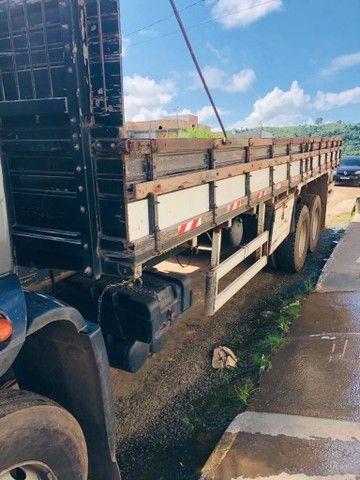 Vende-se caminhão de carga ano 2014