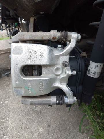Pinça de freio traseira esquerda Honda HR-V 2018