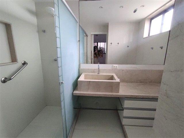 Apartamento no Parnamirim 4 com Quartos 3 Suítes e 222m² - Foto 10