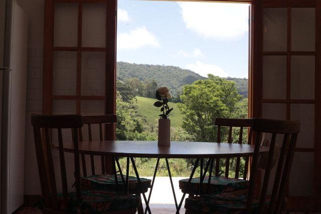 Chácara perfeita com casa em Delfim Moreira - Foto 13