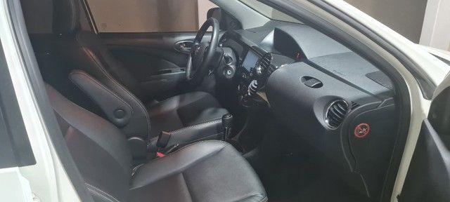 Etios Sedan 1.5 XLS -  2018/19 - Foto 9