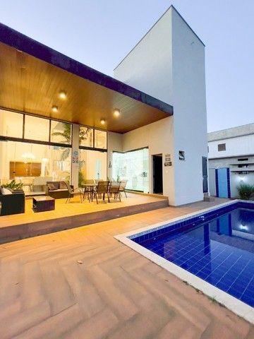 Sobrado 300 m², 4 Suites no Portal do Sol Greem