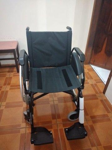 Vendo Cadeira de rodas  - Foto 2